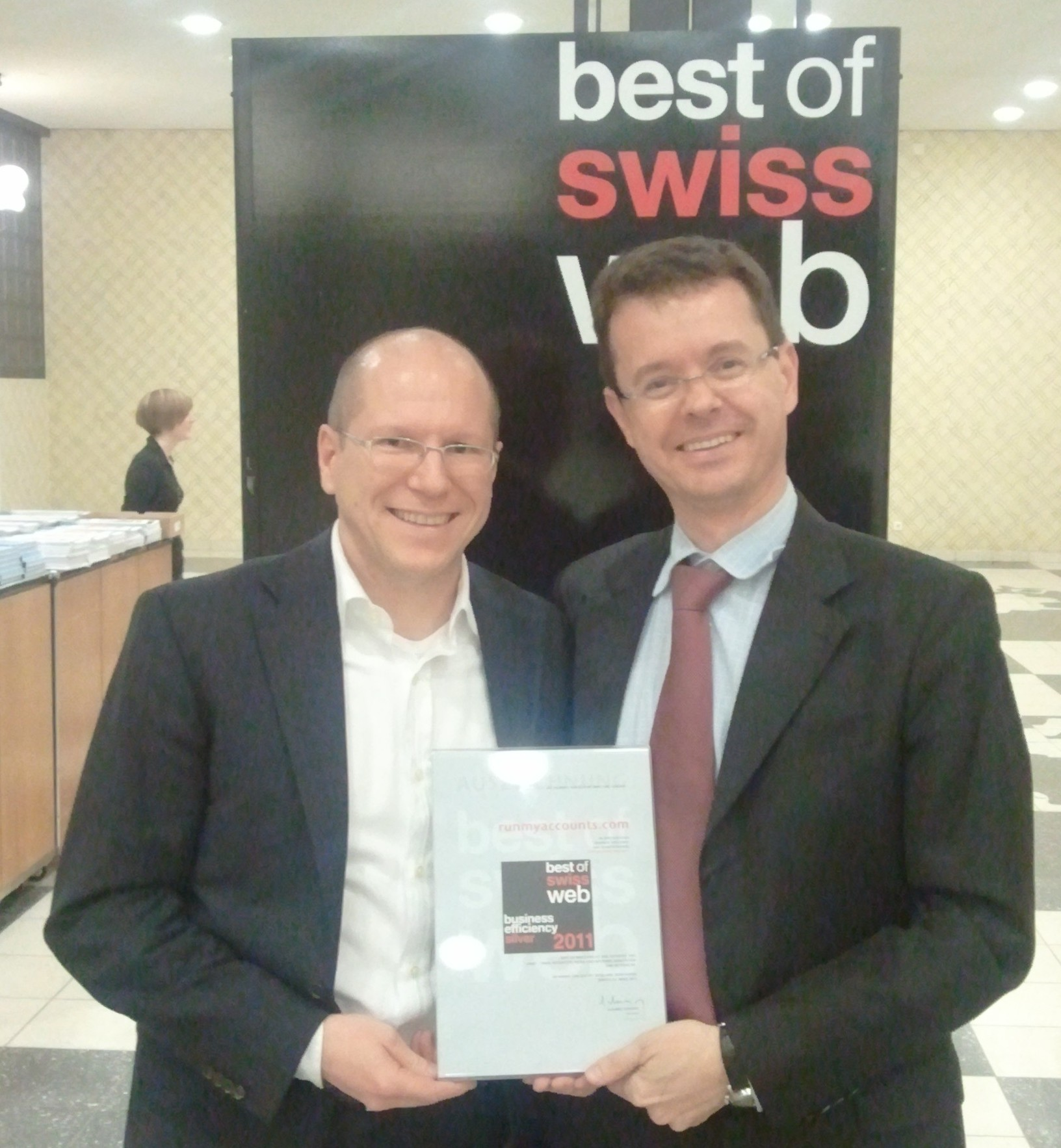 Thomas Brändle, CEO von Run my Accounts und Janis Wolf, Leiter Marketing und Vertrieb an den Best of Swiss Web Awards